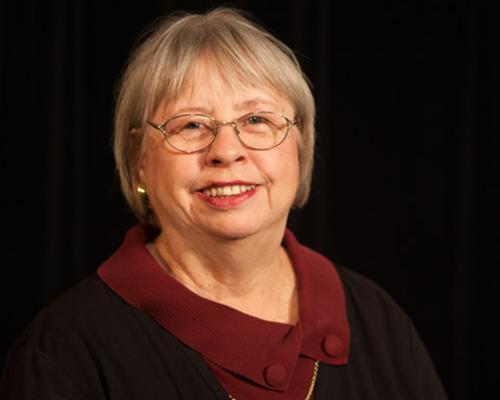 Lynn Grasz Hall Headshot