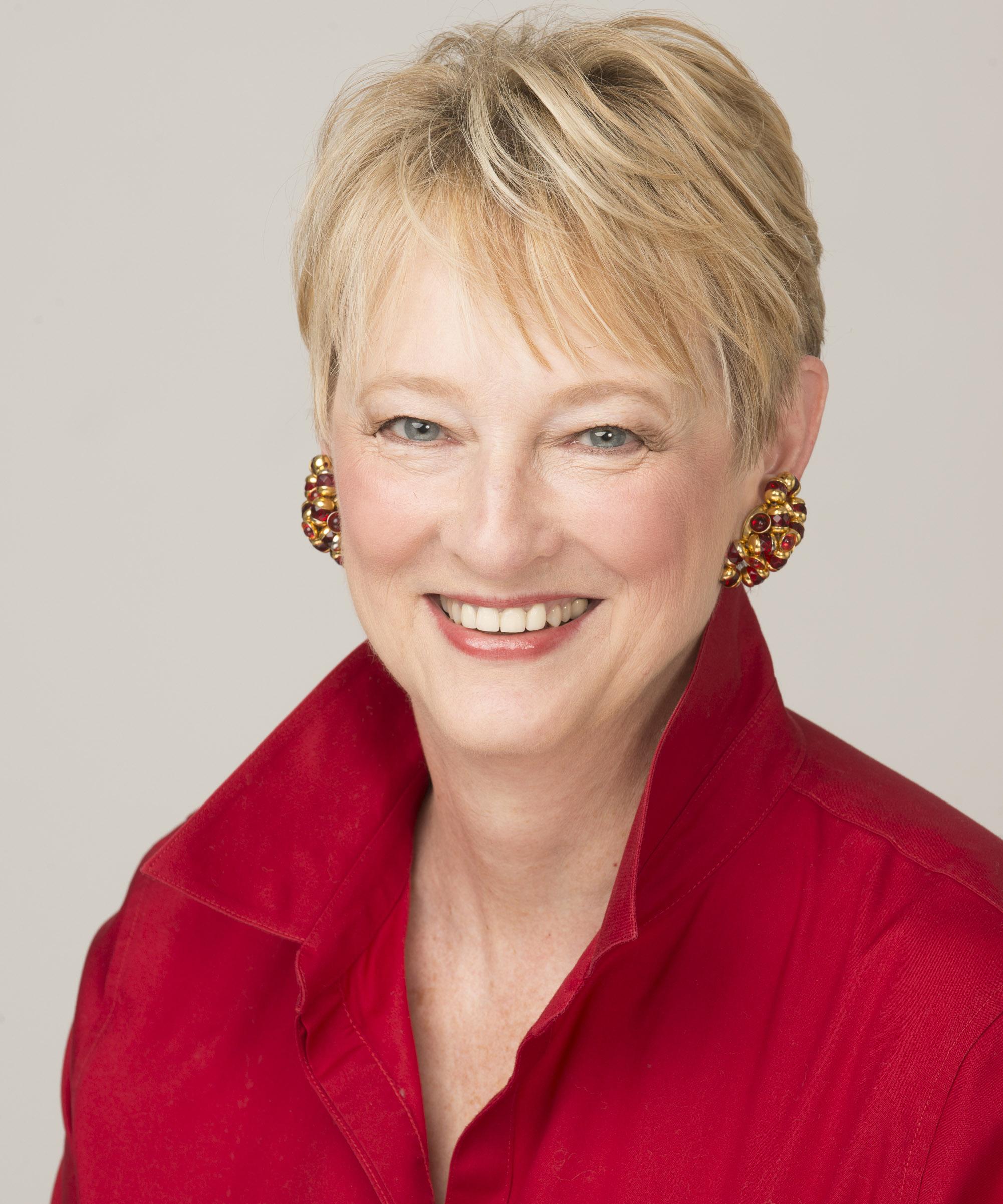 Margaret Holman Headshot