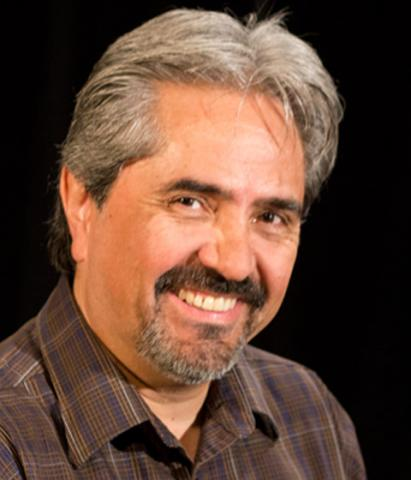 Luis Peón-Casanova: links to faculty bio