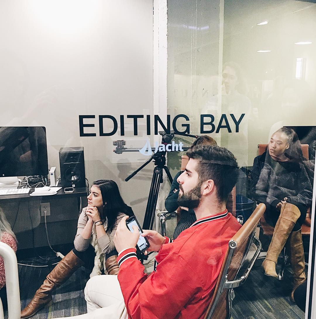 Students in Jacht Editing Bay