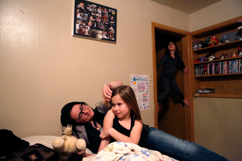 Kaylee Everly's Photo of a mother and her daughters