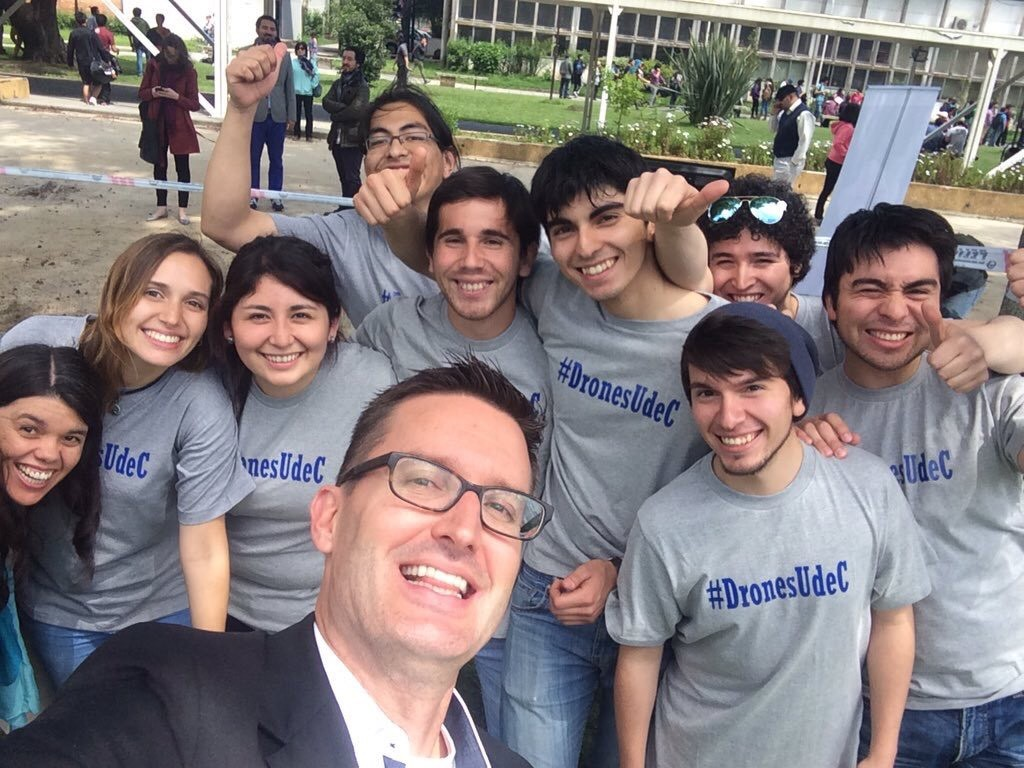 Matt Waite with students in Chile