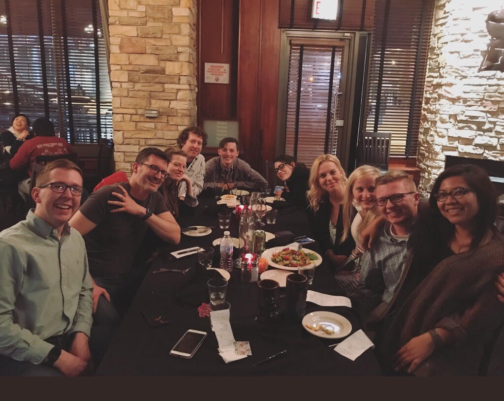 CoJMC graduate students attend dinner during NICAR.